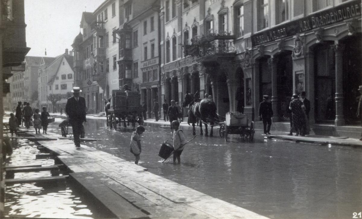 Juni 1926
