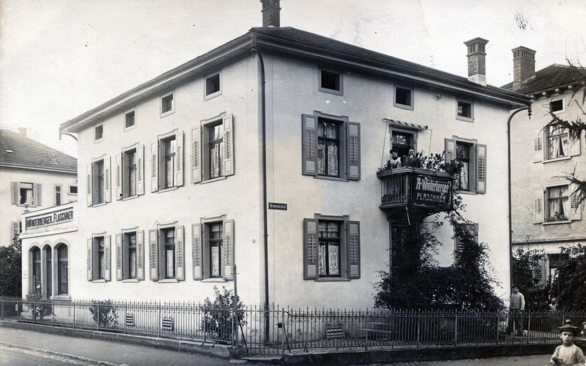 Kronenstrasse 8