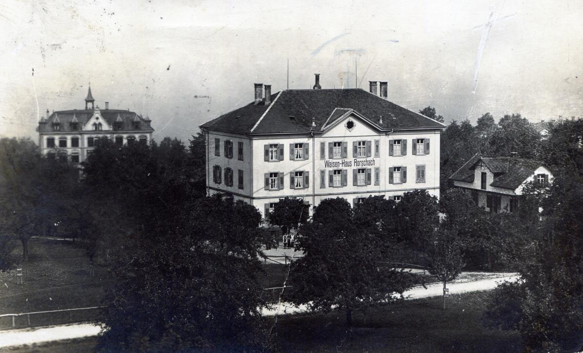 Waisen-Haus